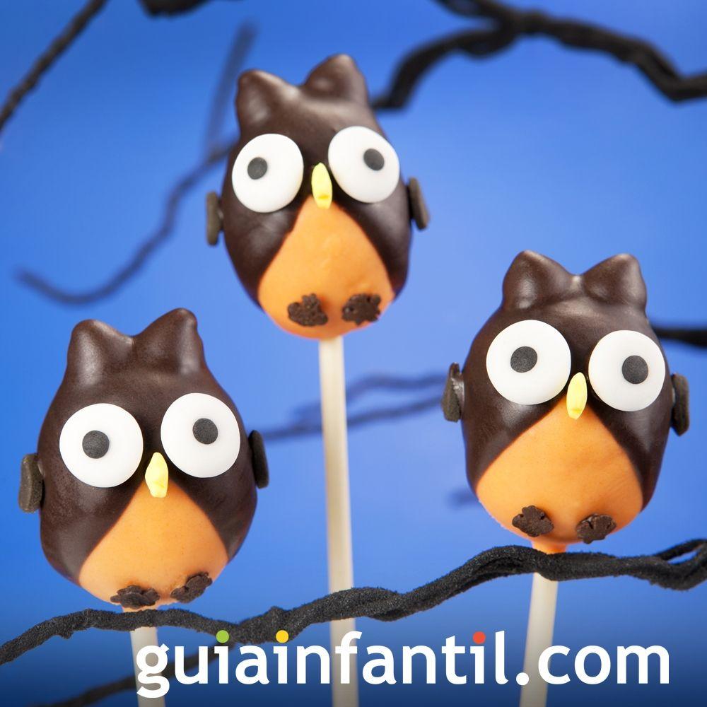 Cake pops con forma de buho para celebrar Halloween
