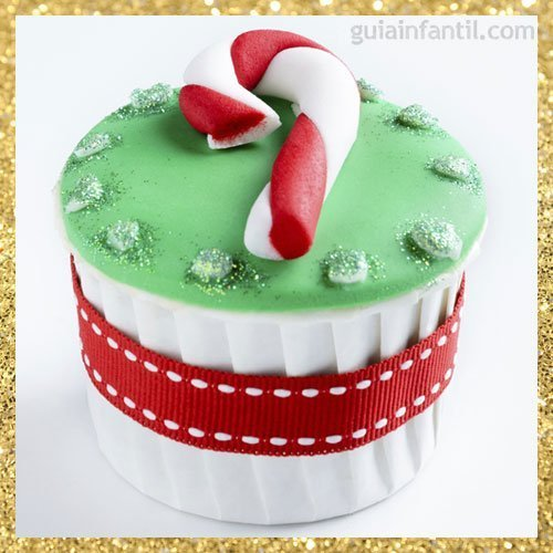Cupcake con forma de bastón de Navidad