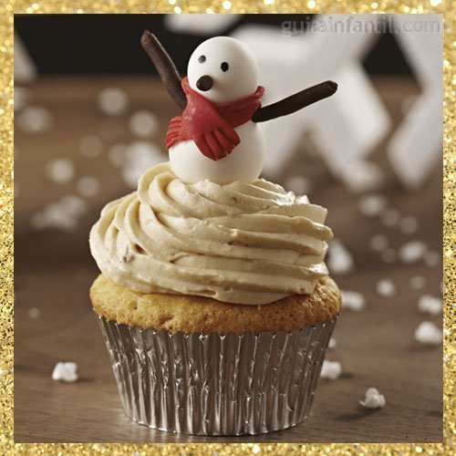 Cupcake de Navidad con forma de muñeco de nieve