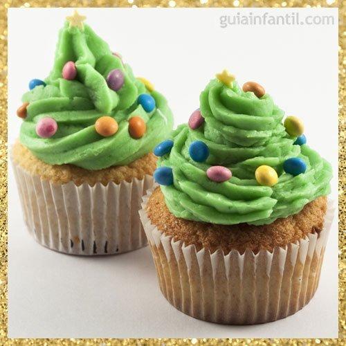Cupcake con forma de árbol de Navidad