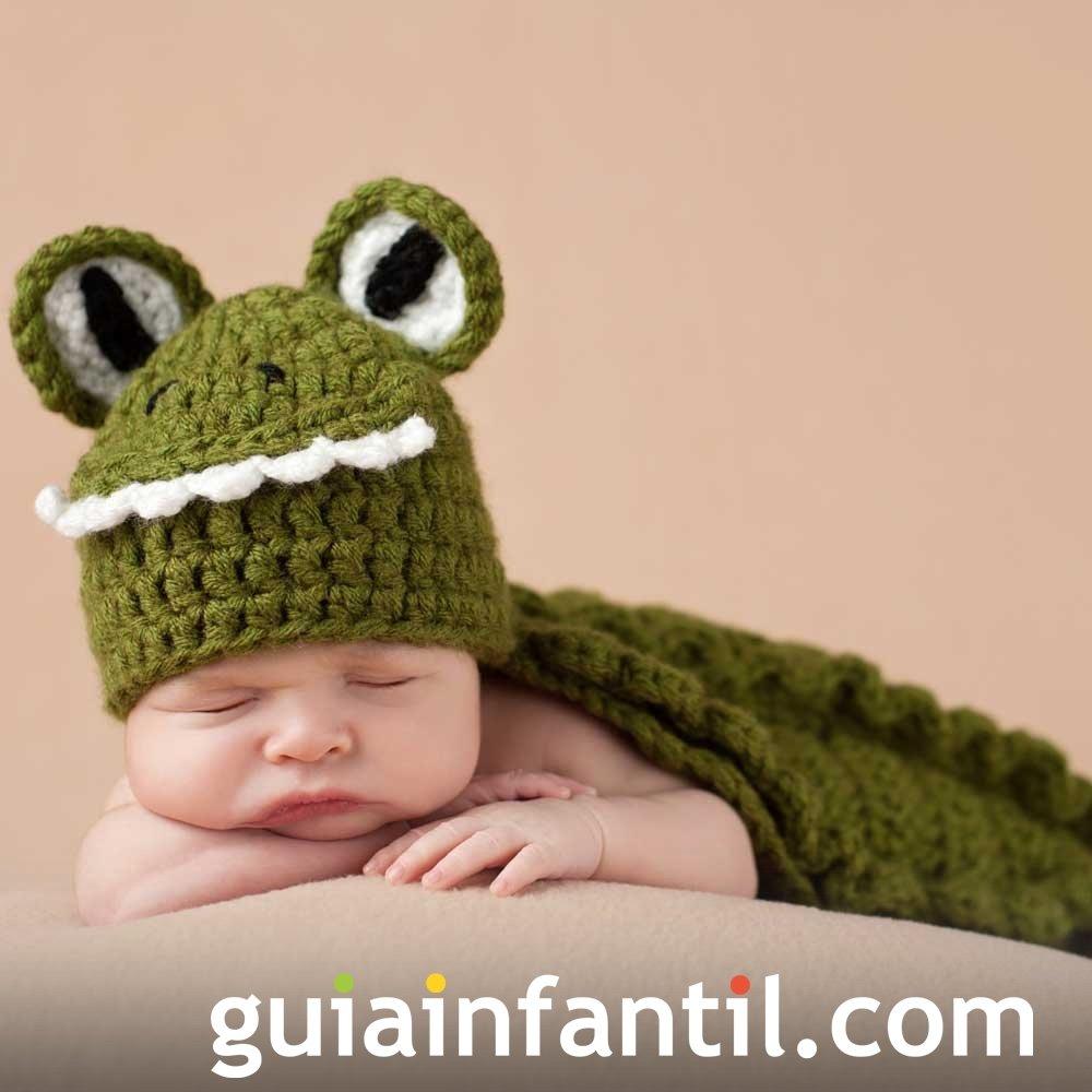 Disfraz para bebés. Una rana hecha de punto
