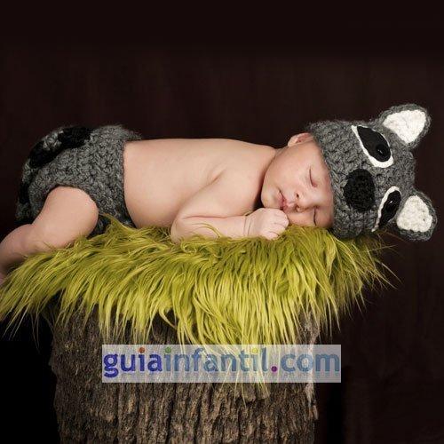 Disfraz de punto para bebés. Mapache