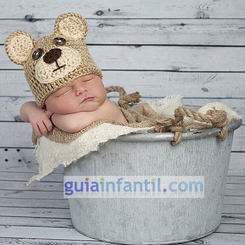 Disfraz para bebés. Un oso de punto