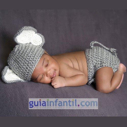 Disfraz de punto para bebés. Elefante