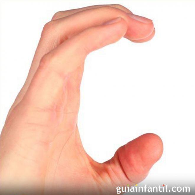 Aprende a hacer la letra C con las manos