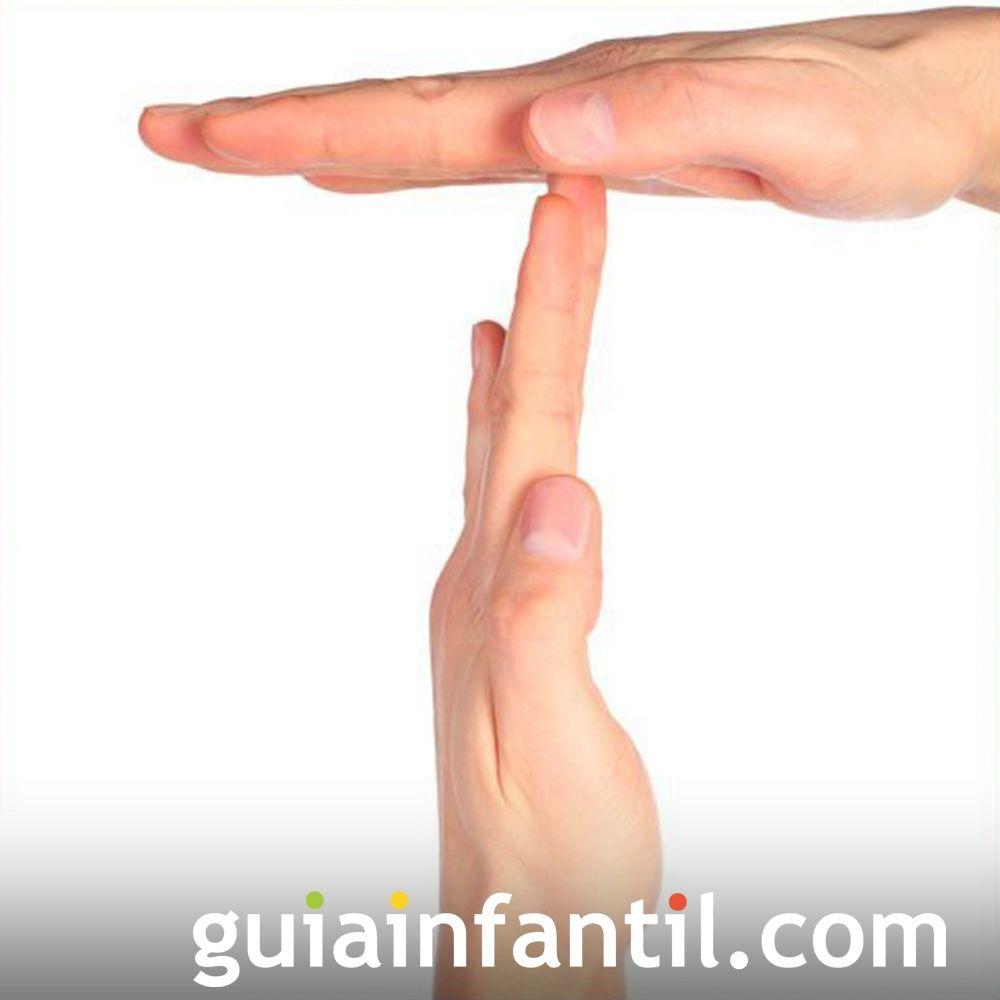 Cómo hacer la letra T con las manos