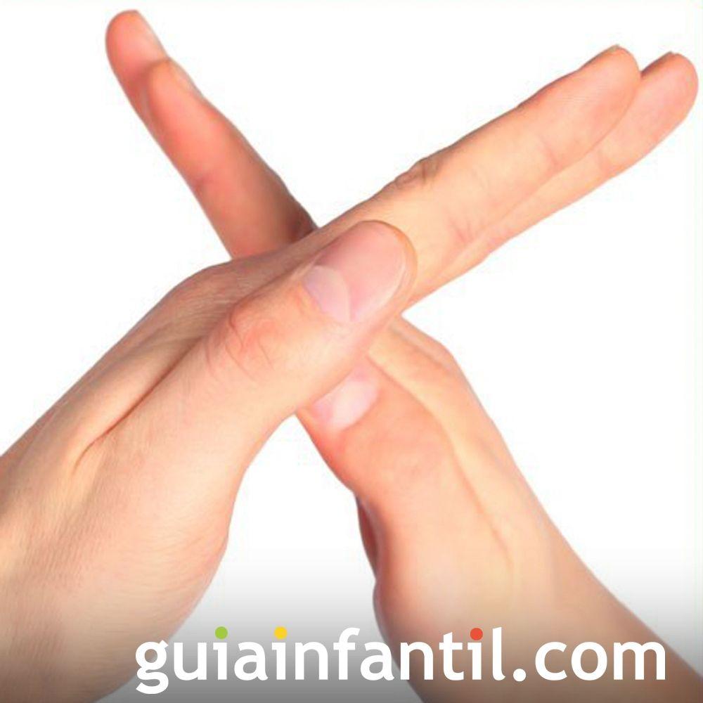Cómo hacer la letra X con las manos