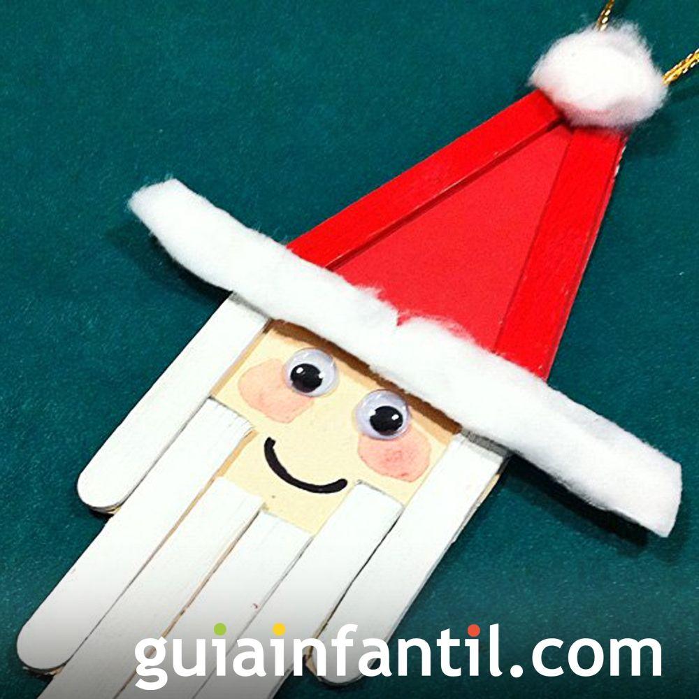 Papá Noel con palos de helado reciclados