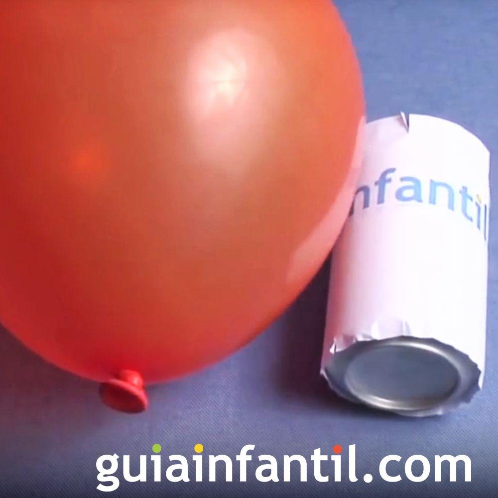 Aprender a mover una lata con un globo. Experimento para niños