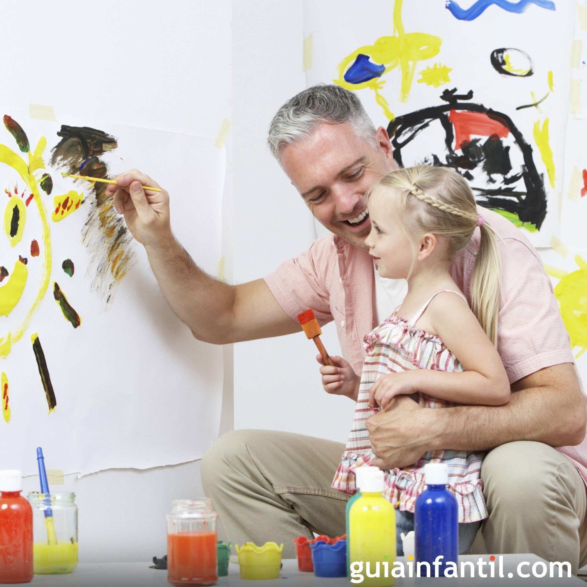 Jugar a pintar y dibujar con papá