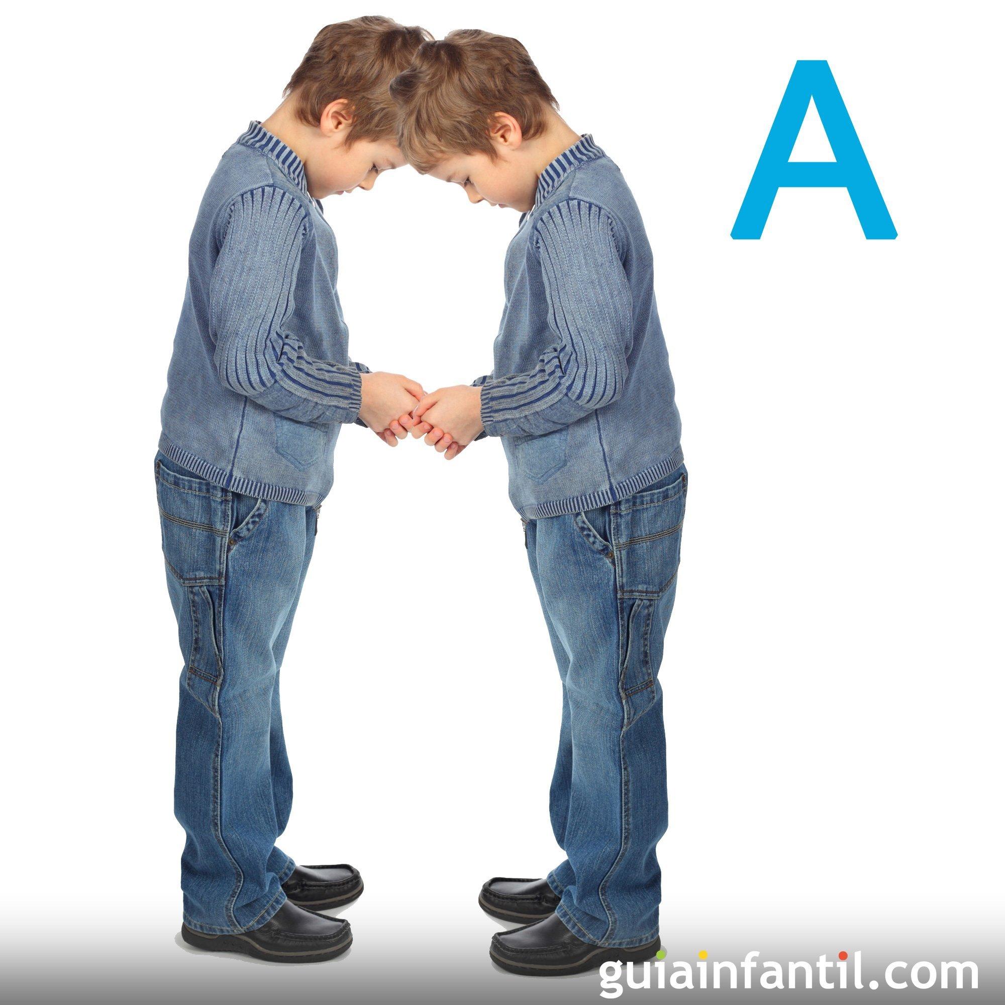 Haz la letra A con el cuerpo de los niños