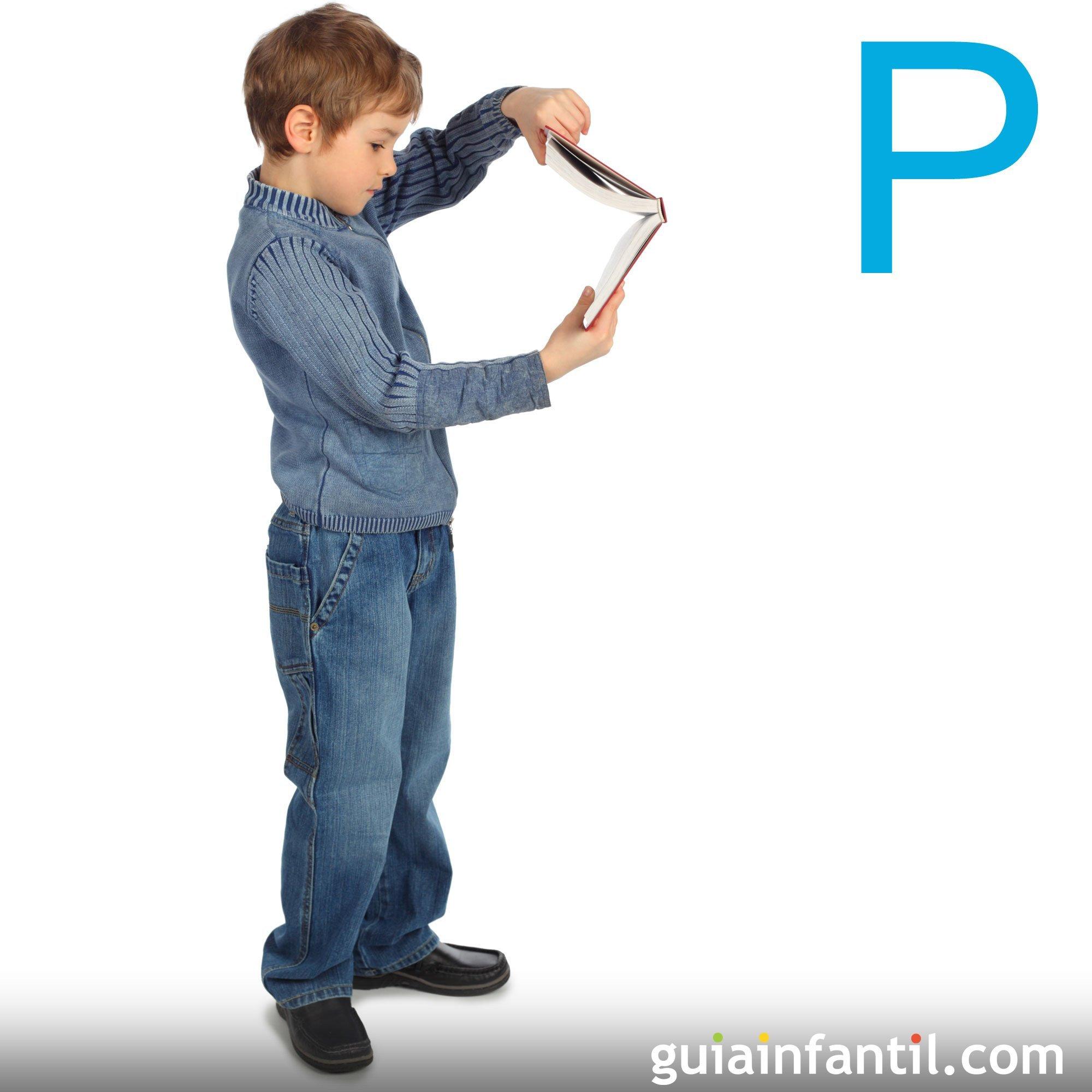 Haz con el cuerpo de los niños la letra P