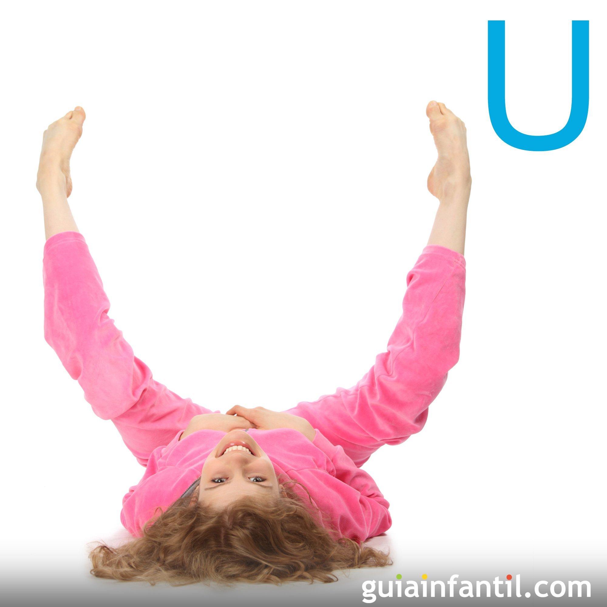 Haz la letra U con el cuerpo de los niños