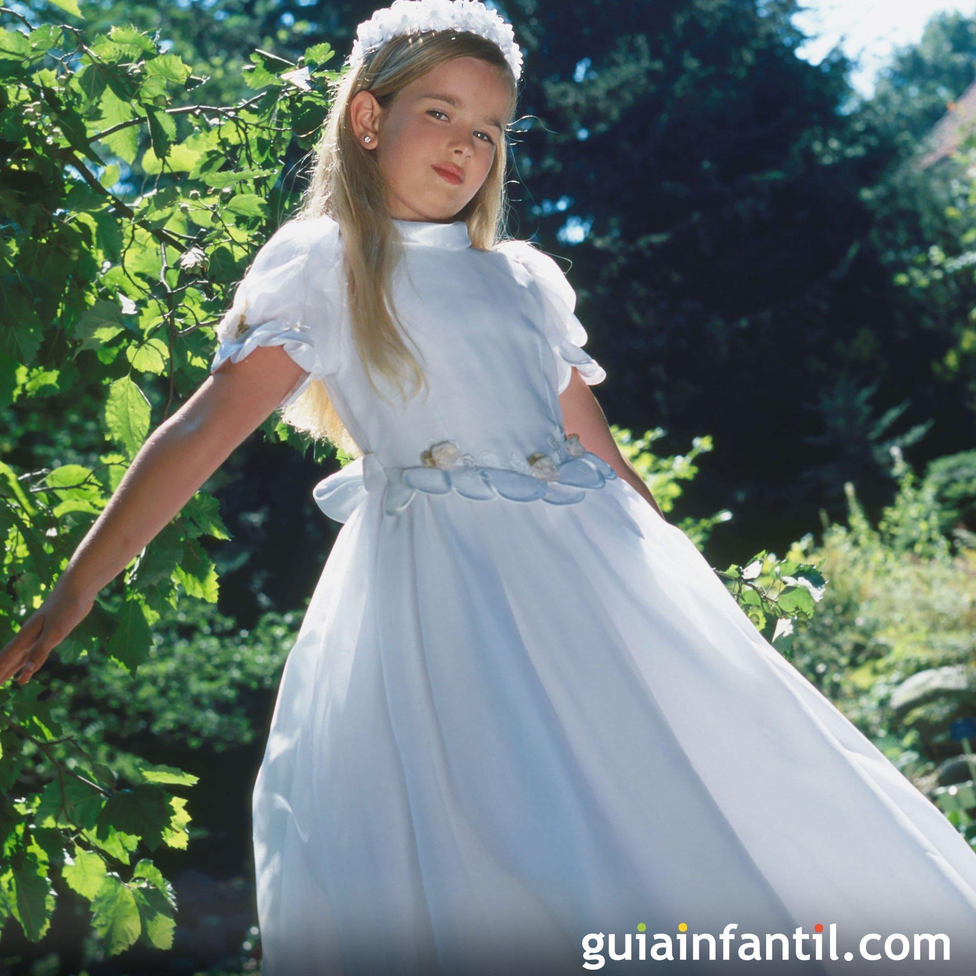 Vestidos de comunión para niñas con media manga