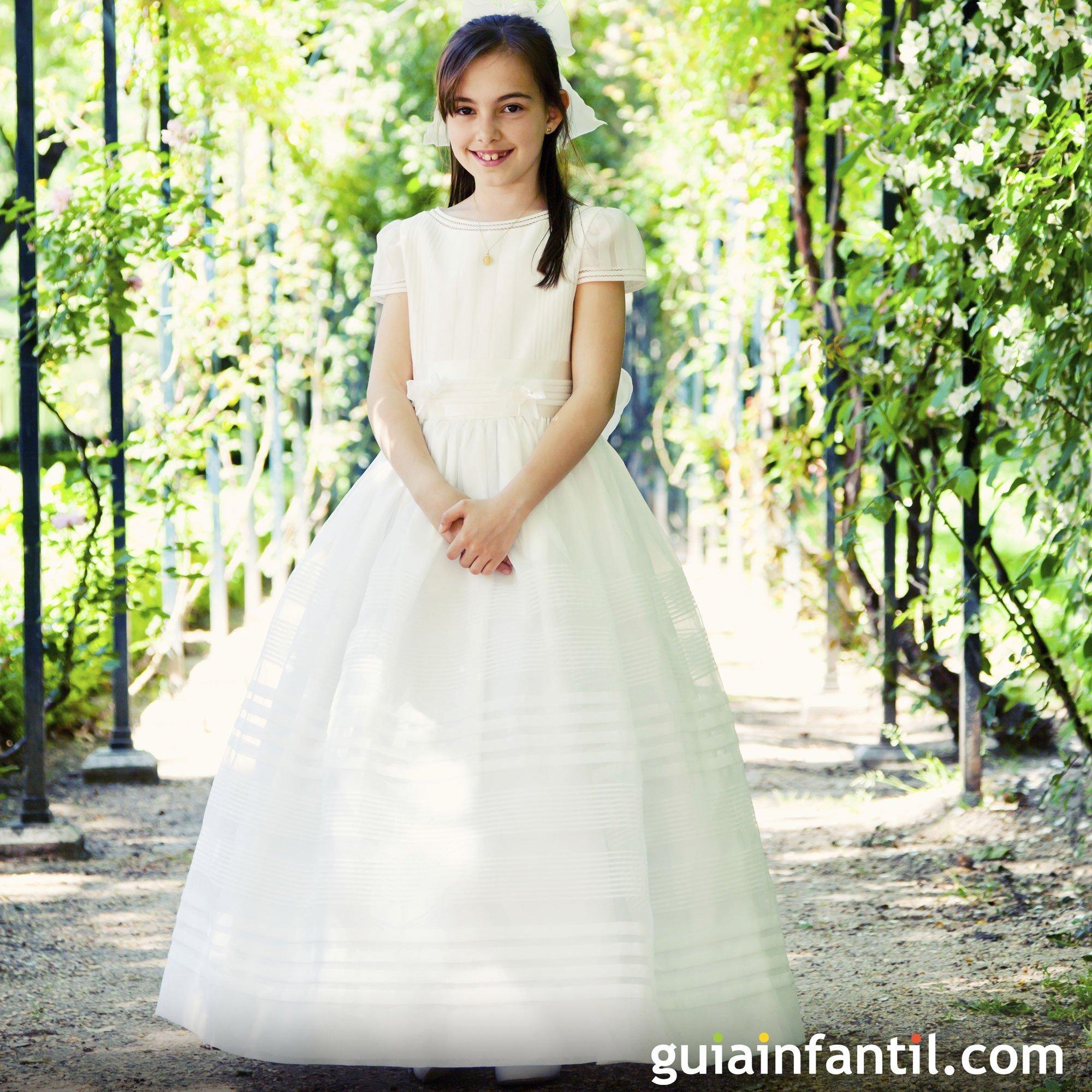 Vestido de comunión con jaretas para niñas