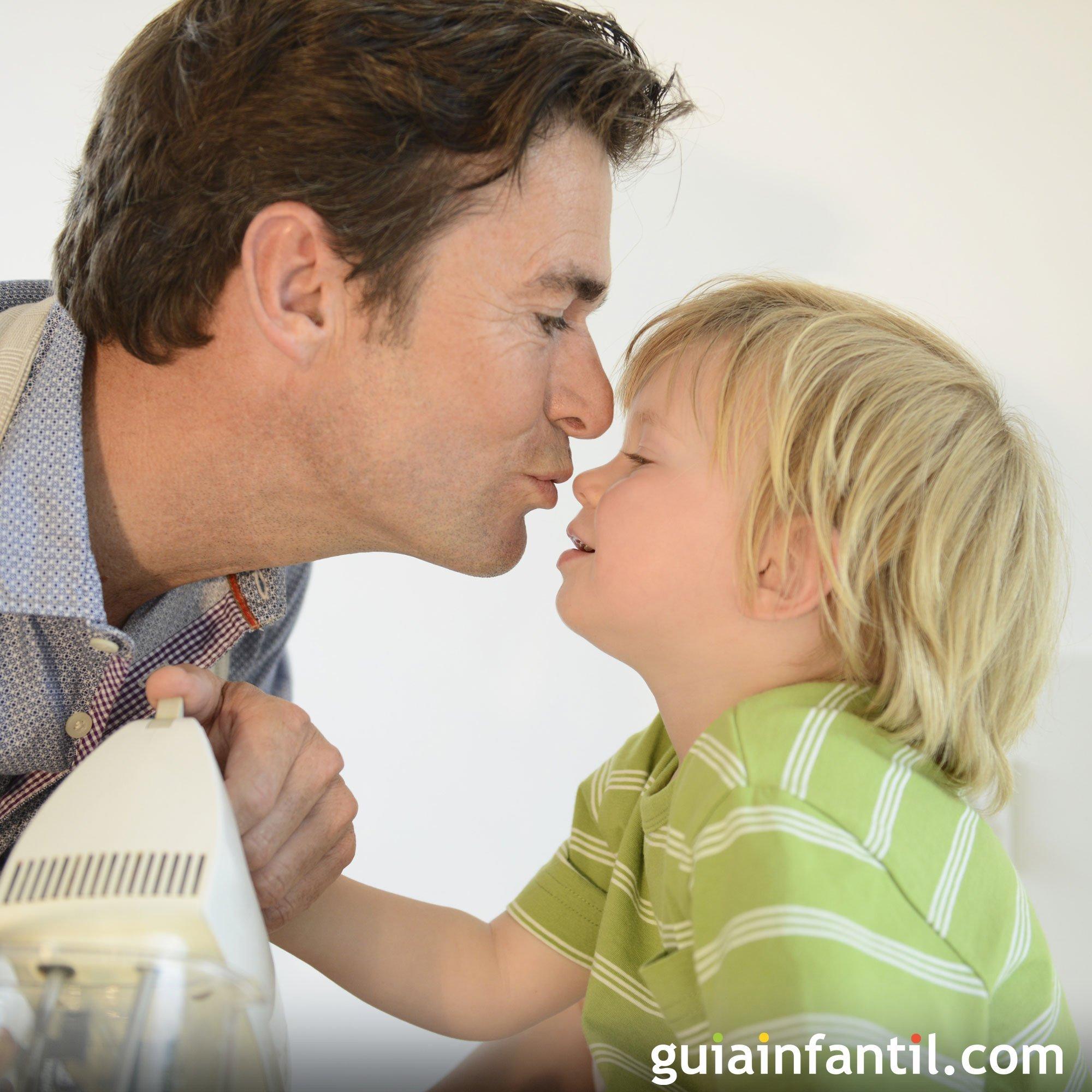 Un beso de papá. Fotos tiernas para niños
