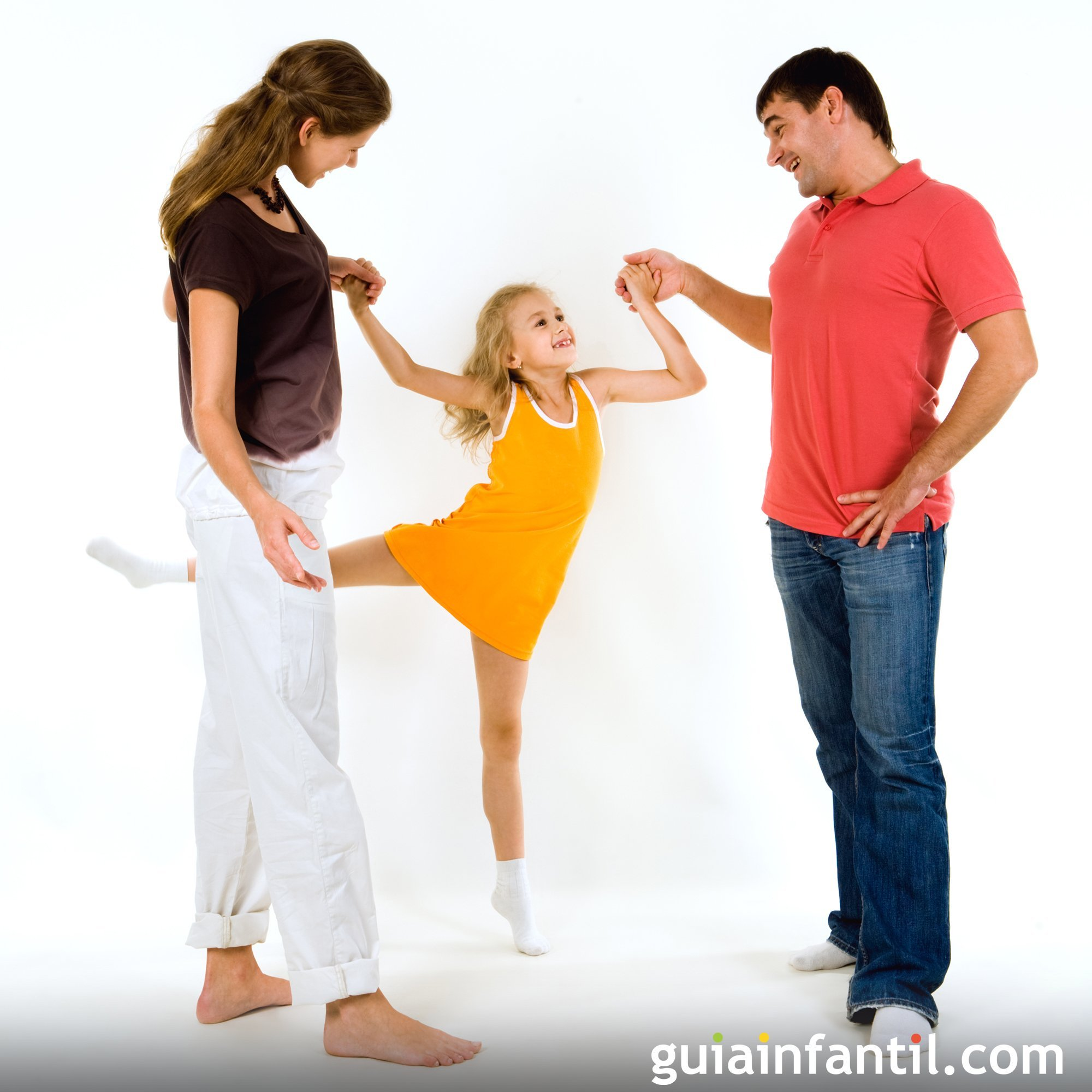 Bailar y escuchar música junto a tus hijos