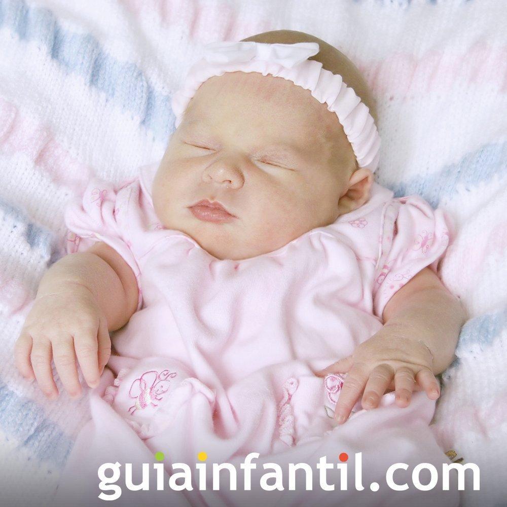 Traje rosa de bautizo para bebé