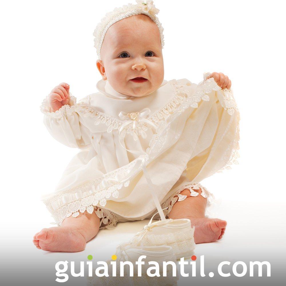 4c0aaf5e7 Ideas de trajes de bautizo para bebés