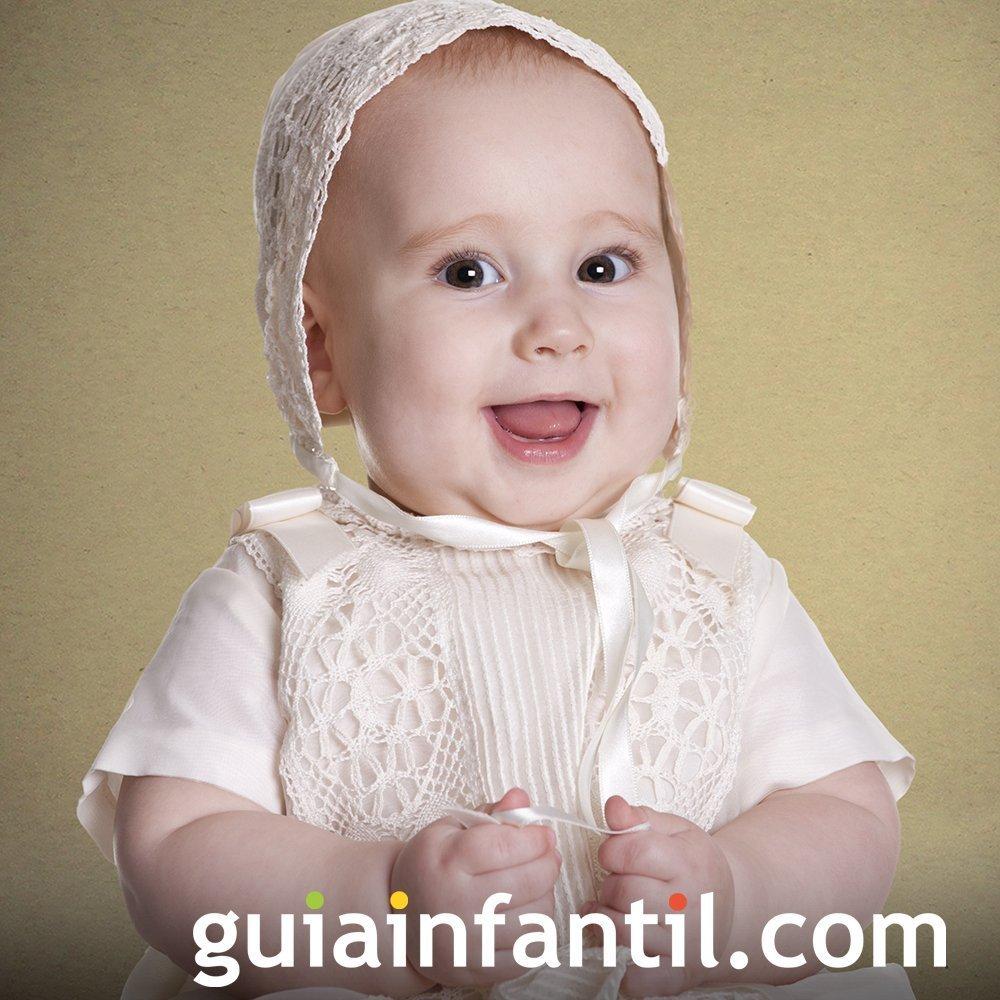 Traje con gorro de bautizo para bebés