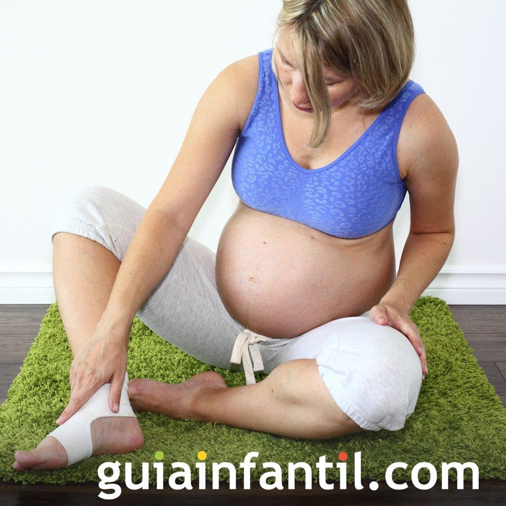 Hinchazón en las piernas. Molestias de la embarazada