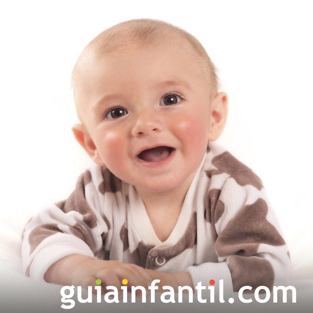 Sonrisa del bebé por imitación