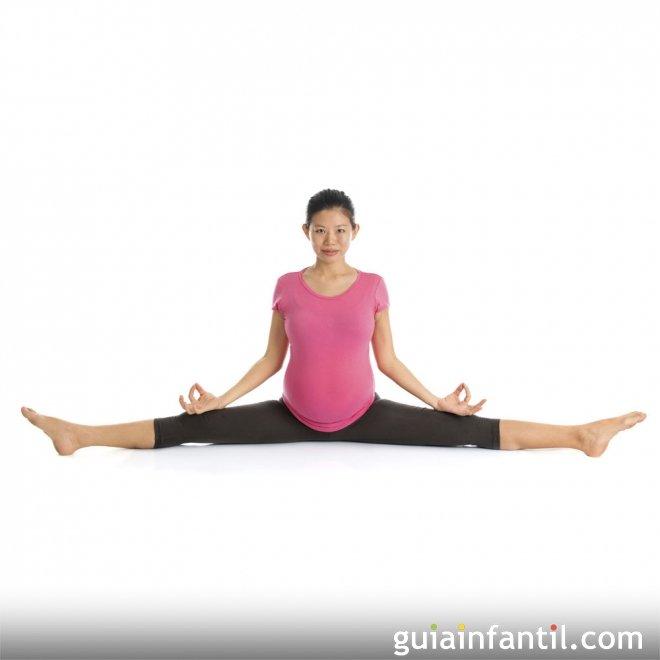 Postura del ángulo abierto o Upavistha Konasana