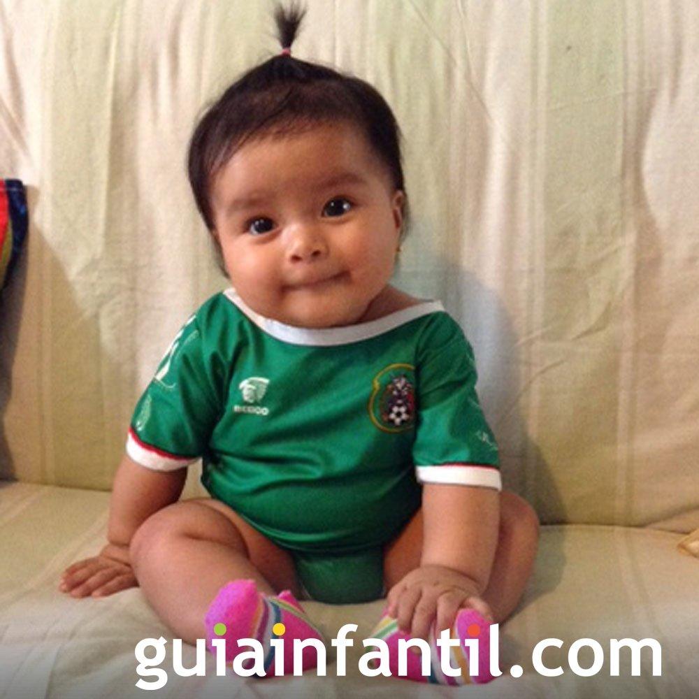Brittany Orea, con la camiseta de México