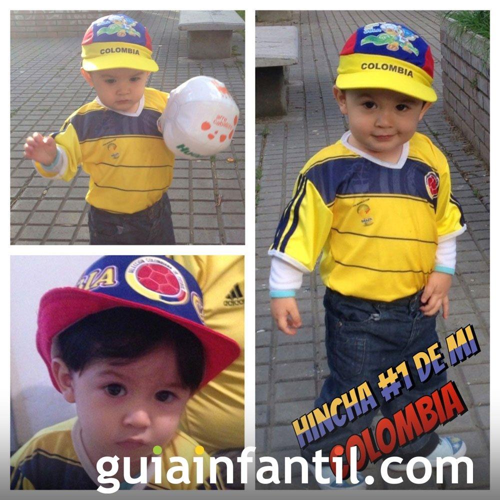Daniel, de 17 meses, con la camiseta de Colombia