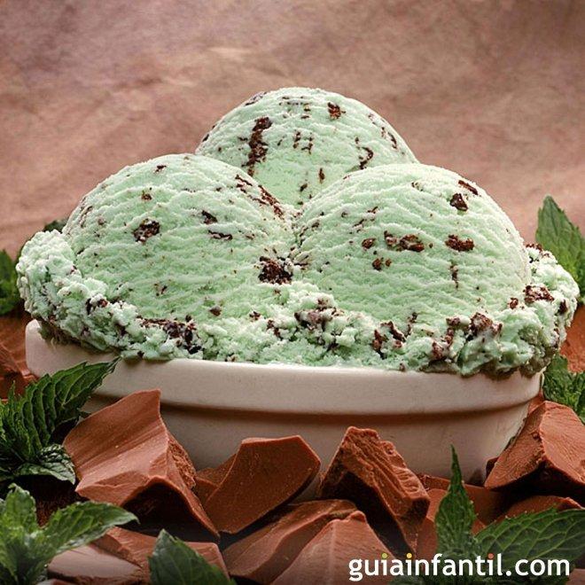 Receta de helado de menta y chocolate