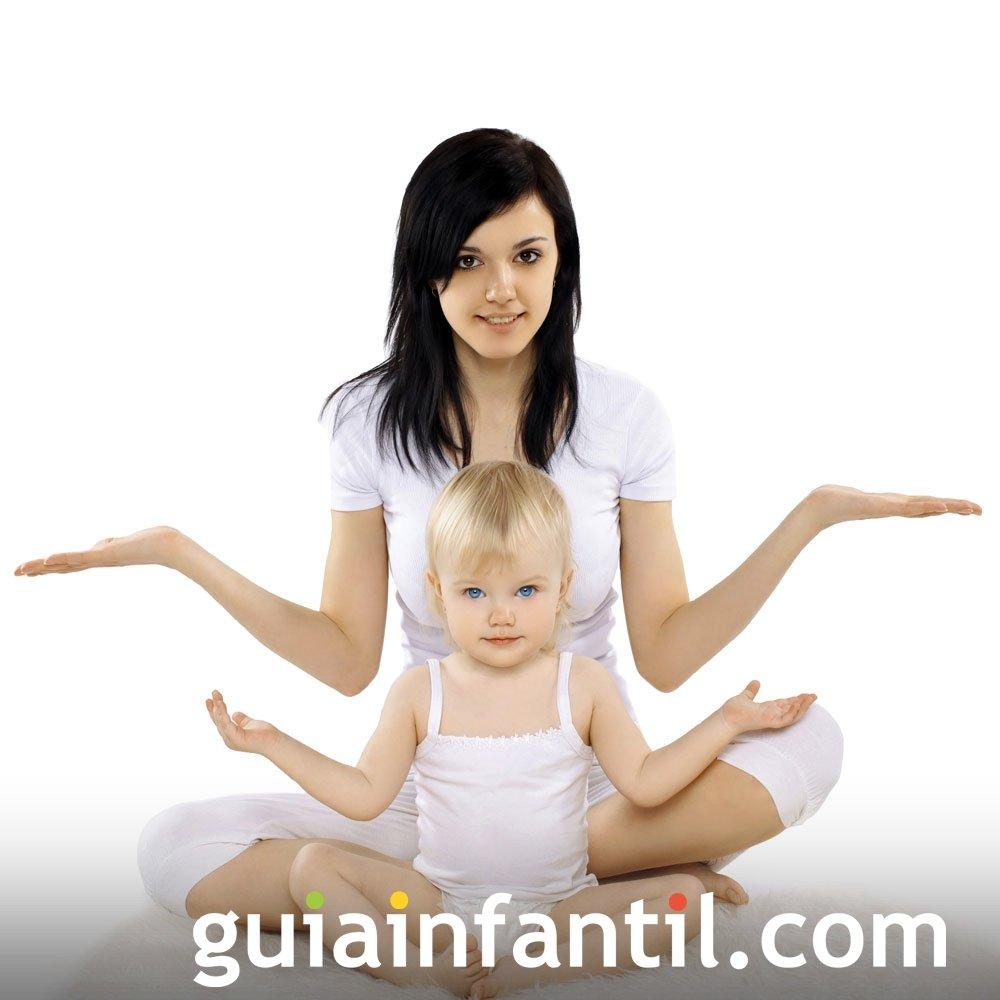 Ejercicios de yoga para la madre y el bebé