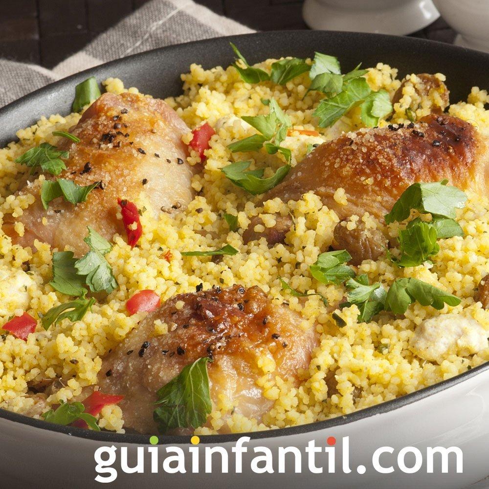 Receta de cuscús de pollo. Plato tradicional de Marruecos