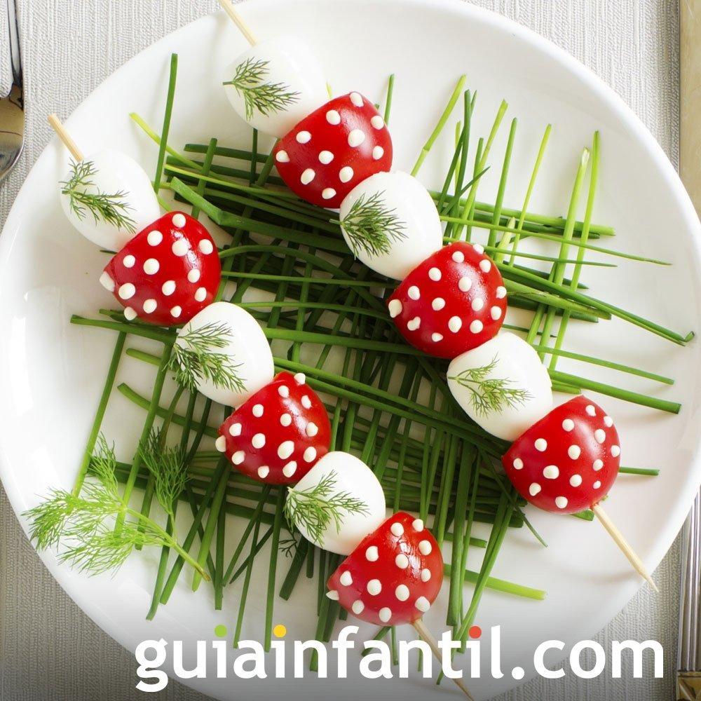Pinchos de setas con huevos para niños