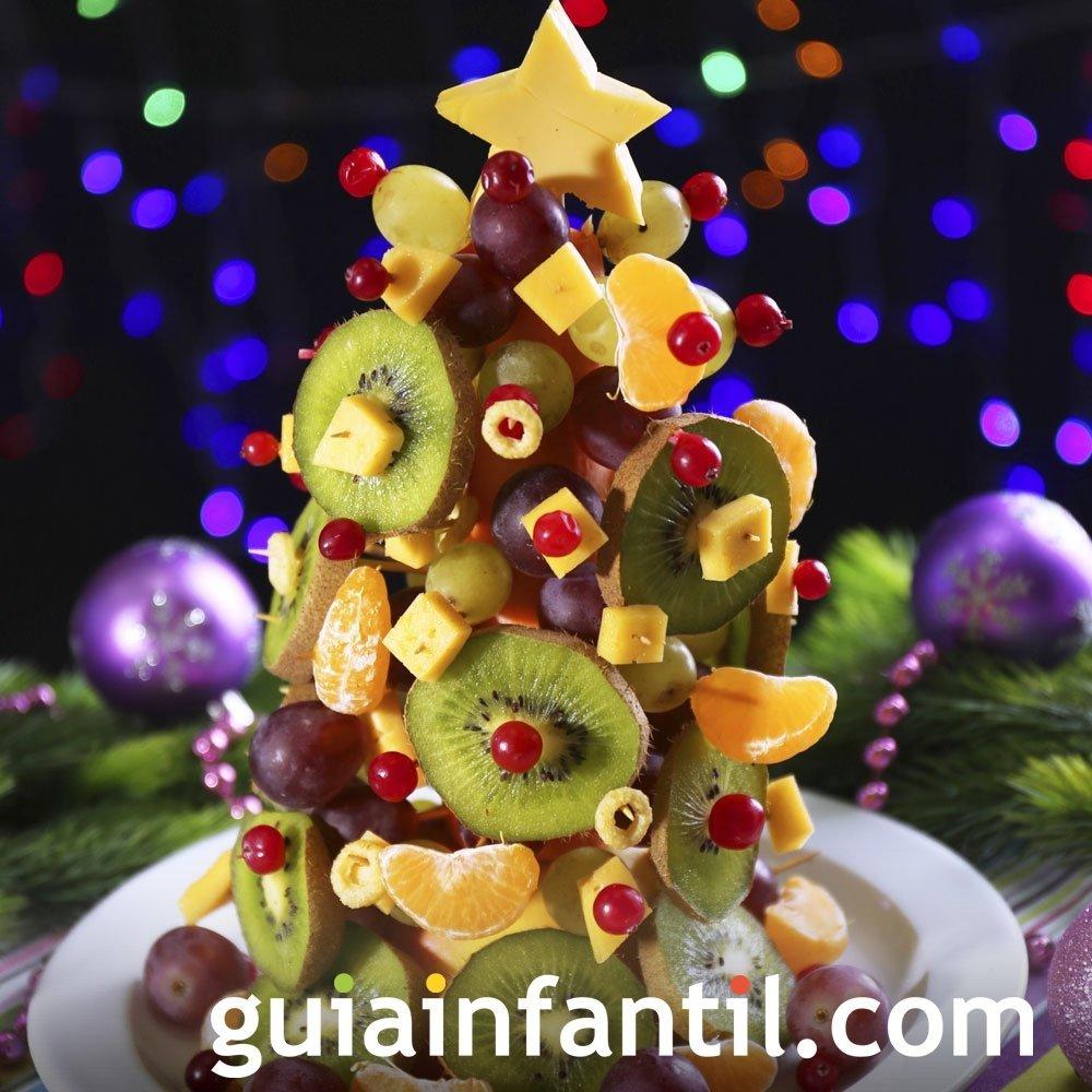 Árbol de Navidad con frutas para niños