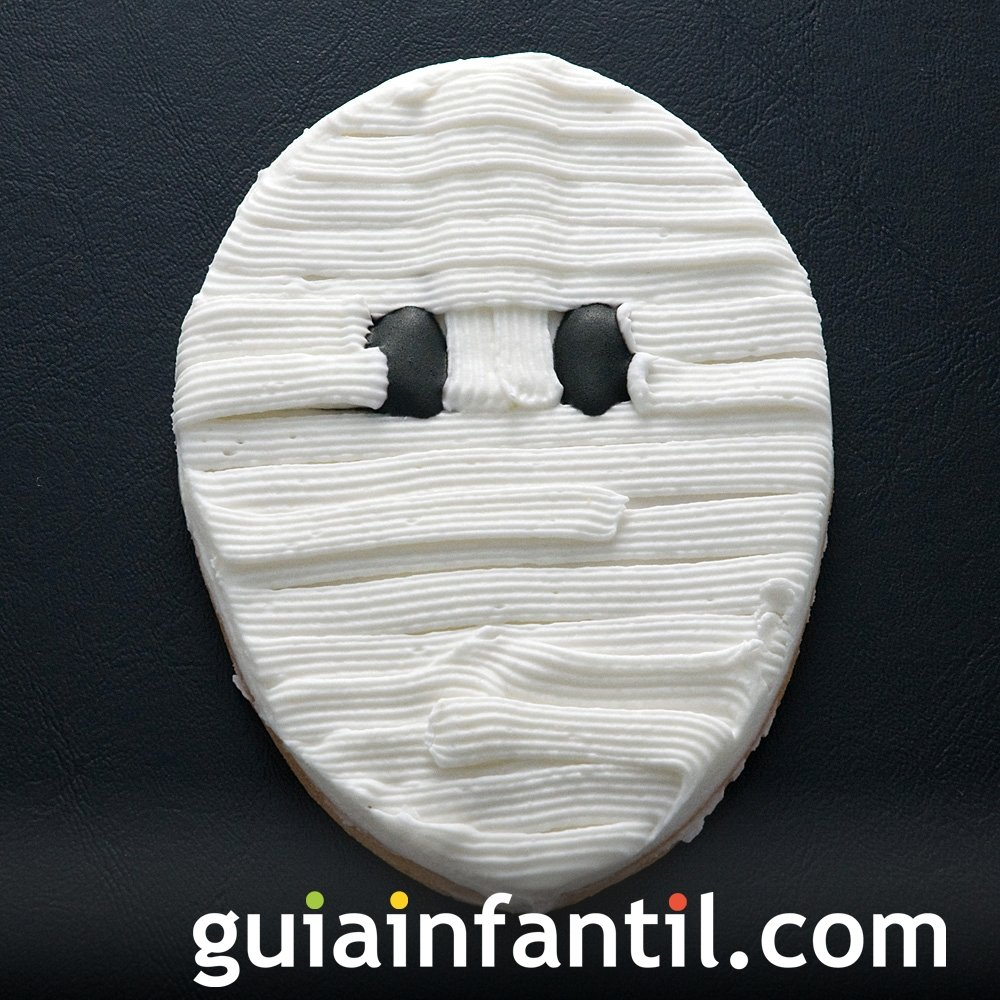 Momia de galletas para la fiesta de Halloween