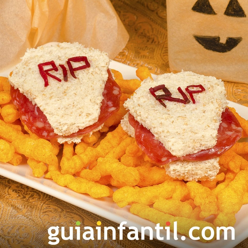 Tumbas de sándwiches para la fiesta de Halloween