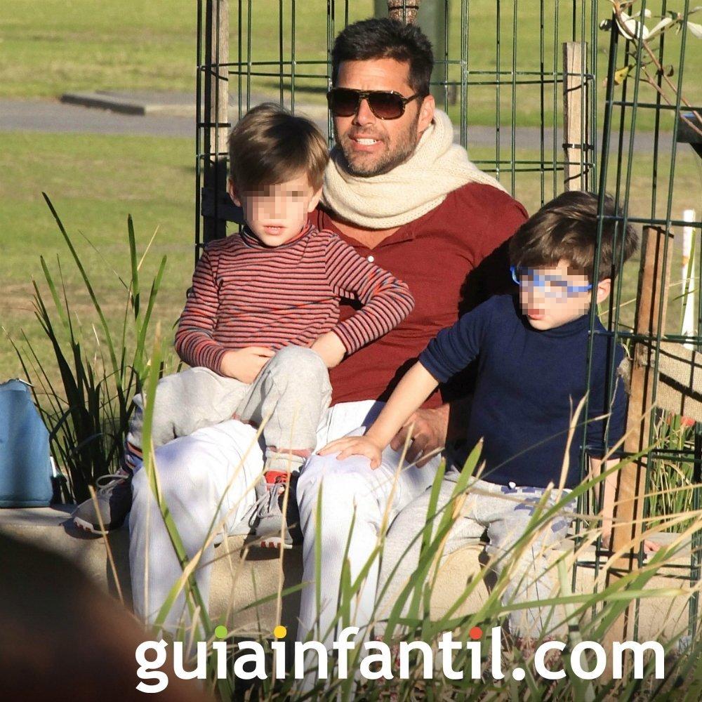 Ricky Martin, cantante y compositor para sus hijos