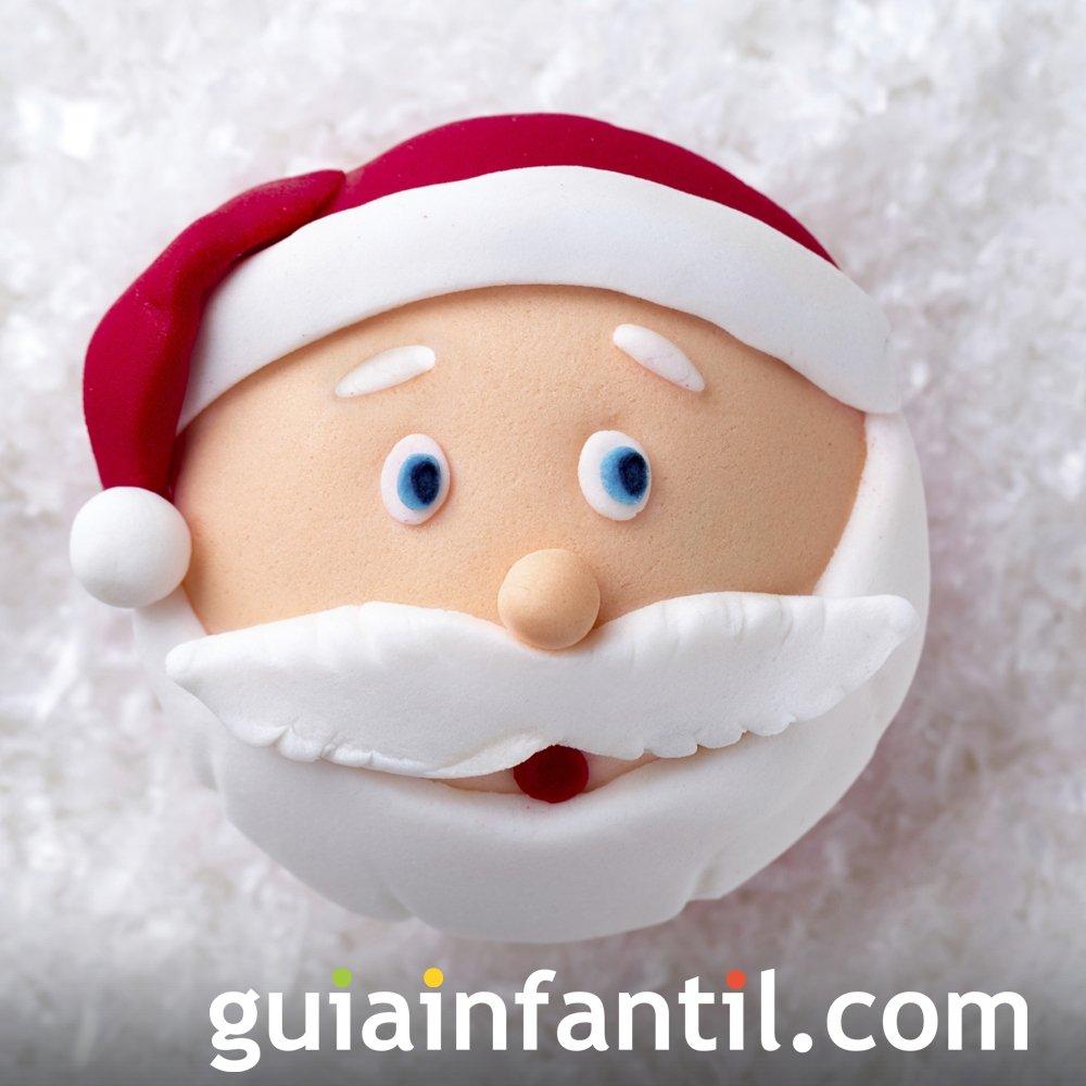 Cupcake con forma de papá Noel