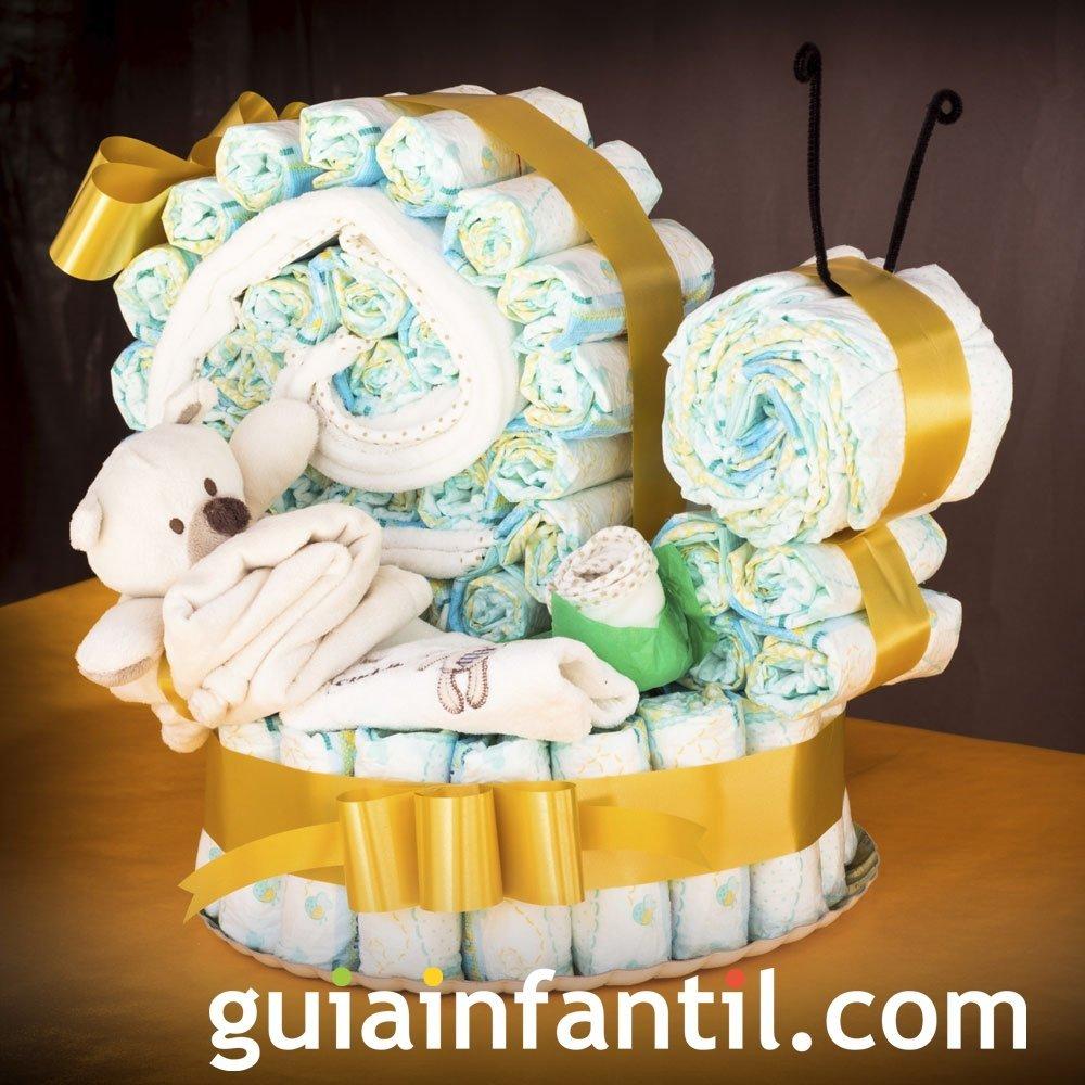 Una tarta de pañales para el recién nacido
