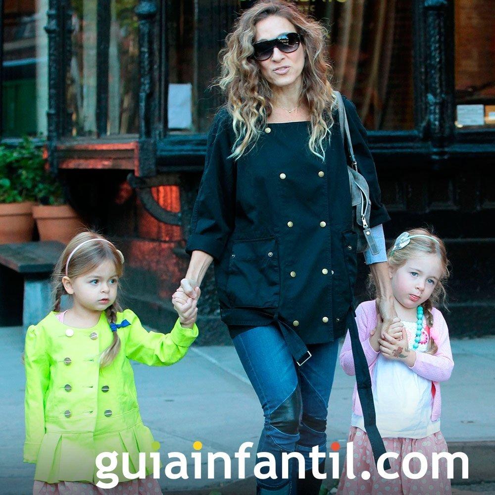 Sarah Jessica Parker tiene hijas gemelas: Marion y Tabitha