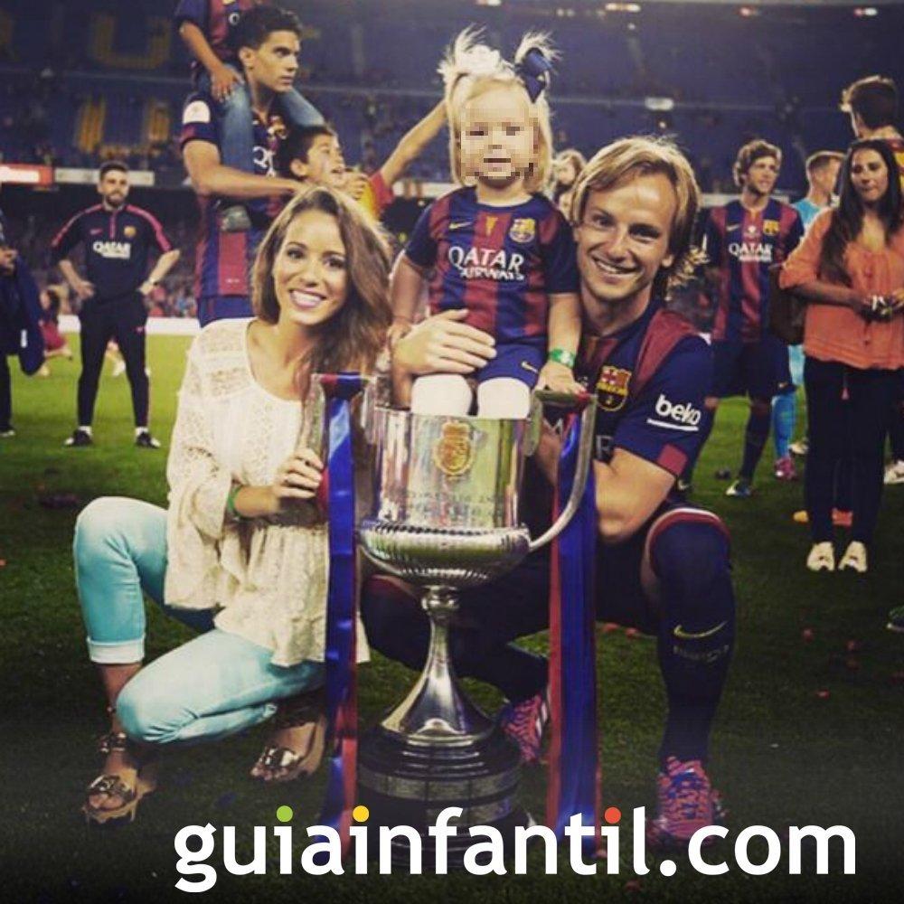 Ivan Rakitic, futbolista del Fútbol Club Barcelona, padre por segunda vez