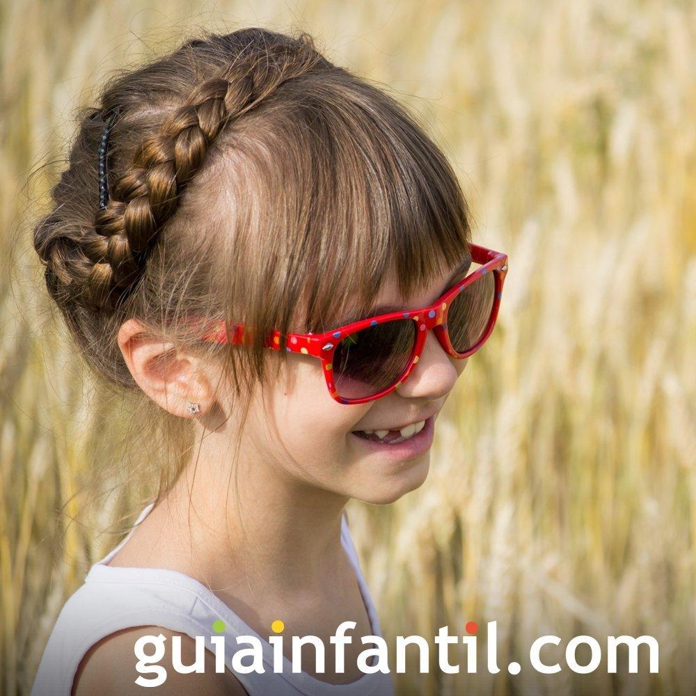 Miradas ganadoras con peinados para niñas con trenzas Imagen De Consejos De Color De Pelo - Trenza en forma de diadema. Peinados para niñas