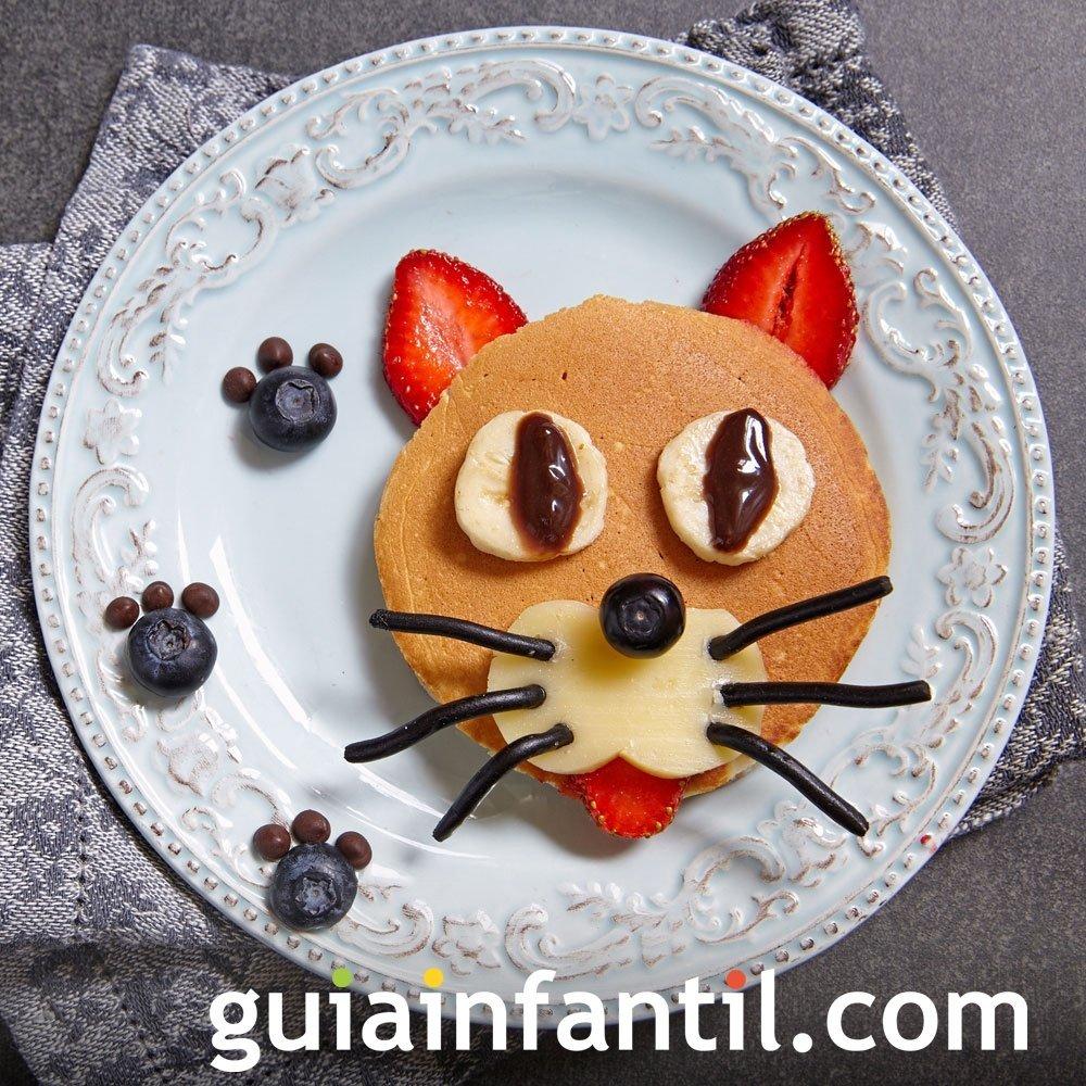 Un simpático gato de panqueque