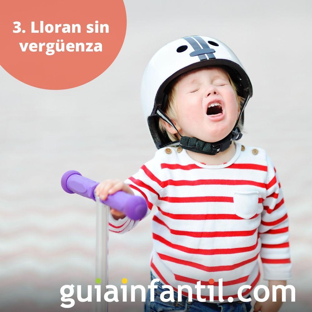 3. Los niños lloran sin vergüenza