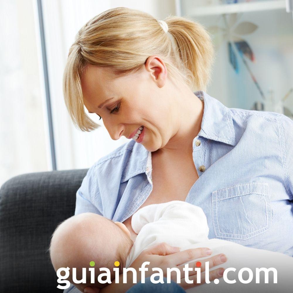 Si es necesario recolóca al bebé para amamantarlo
