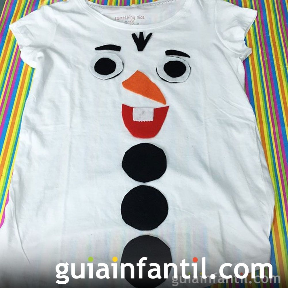 Ideas para complementos caseros de Navidad. Disfraz de muñeco de nieve para niños
