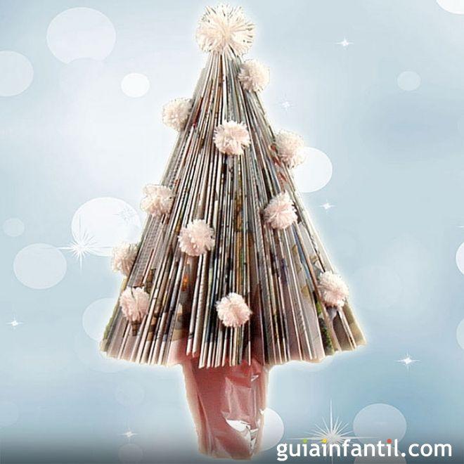 Árboles de Navidad caseros para hacer con los niños. Árbol de Navidad con una revista