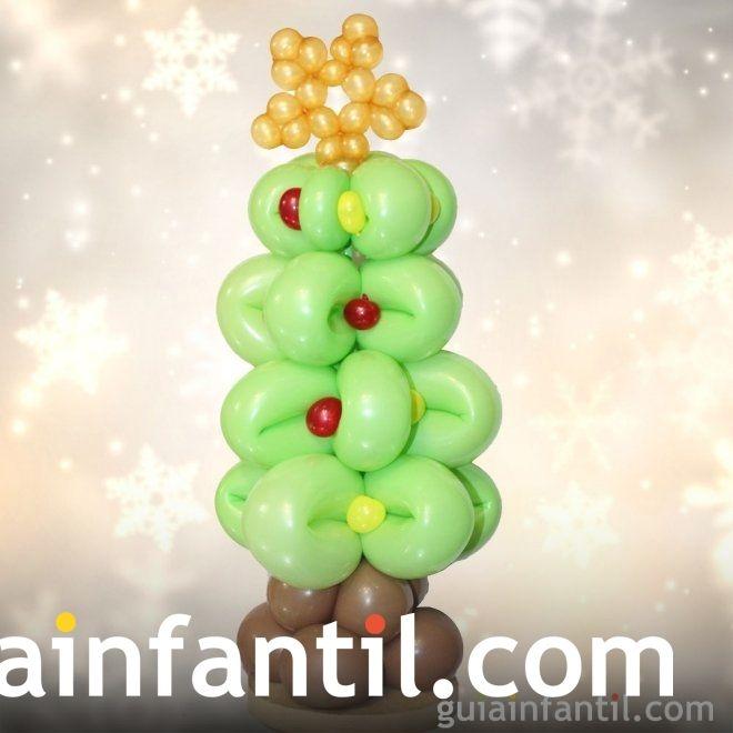 Árboles de Navidad caseros para hacer con los niños. Árbol de Navidad con globos