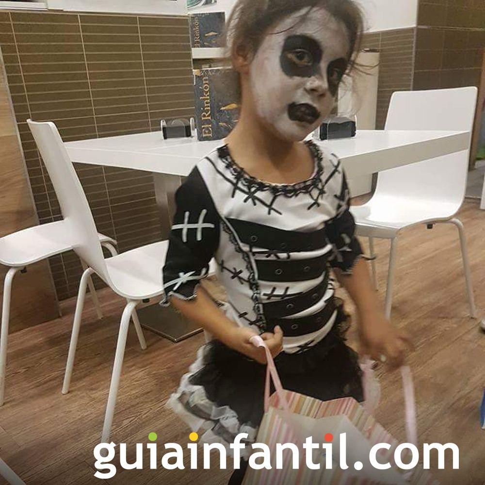 El disfraz de Chloe para Halloween