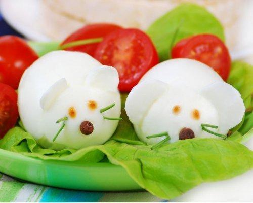 Unos ratones en la ensalada de los niños